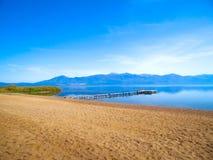 Paisaje de la playa del lago Imagen de archivo