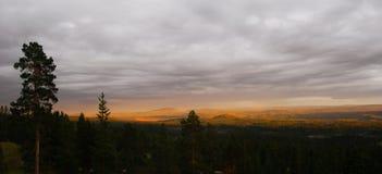 Paisaje de la puesta del sol Imagenes de archivo