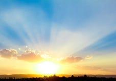 Paisaje de la puesta del sol Fotos de archivo libres de regalías