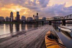 Paisaje de la puesta del sol de Portland, Oregon, los E.E.U.U. foto de archivo libre de regalías