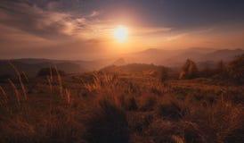 Paisaje de la puesta del sol del otoño Imágenes de archivo libres de regalías
