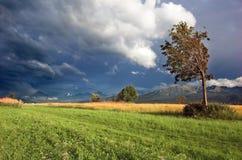 Paisaje de la tormenta de las montañas Imagen de archivo
