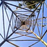 Paisaje de la torre fotografía de archivo libre de regalías