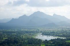 Paisaje de las montañas de Sigiriya Foto de archivo libre de regalías