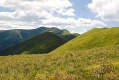 Paisaje de las montañas de Ucrania Imagen de archivo libre de regalías