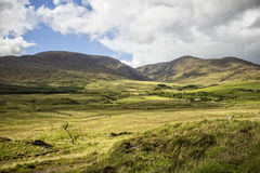 Paisaje de las montañas - Irlanda imagenes de archivo
