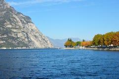 Paisaje de Lecco del lago, Italia Fotos de archivo