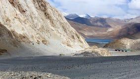 Paisaje de Leh - alrededor del lago Pangong Imagen de archivo libre de regalías