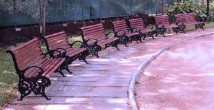Paisaje de los bancos de parque Imagenes de archivo