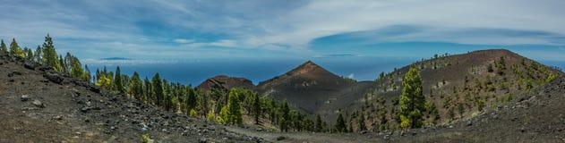 Paisaje de los volcanes de Palma del La panorámico Imagenes de archivo