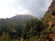Paisaje de montañas salvajes Imágenes de archivo libres de regalías