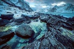 Paisaje de Norwgian Paisaje hermoso de la primavera de Noruega Imagenes de archivo