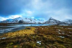 Paisaje de Norwgian Paisaje hermoso de la primavera de Noruega Foto de archivo libre de regalías