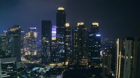 Paisaje de rascacielos en Sudirman CBD de Jakarta almacen de metraje de vídeo