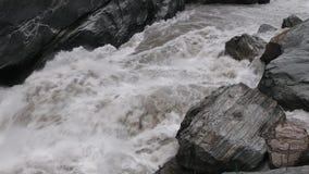 Paisaje de Tiger Leaping Gorge tíbet metrajes