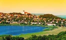Paisaje de Tihany en el lago interno Fotos de archivo