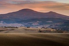 Paisaje de Toscana, Italia - de Toscana con Rolling Hills Imagen de archivo libre de regalías