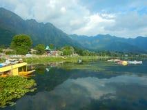 Paisaje de un lago Dal en Cachemira-IV fotografía de archivo libre de regalías
