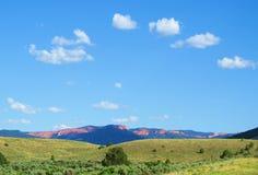 Paisaje de Utah enmarcado por las nubes foto de archivo