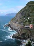 Paisaje del camino del amor en Cinque Terre, Italia Foto de archivo libre de regalías
