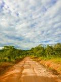 Paisaje del camino en Tanzania Fotos de archivo
