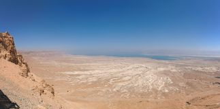 Paisaje del desierto cerca del mar muerto Imagenes de archivo