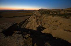 Paisaje del desierto en noche iluminada por la luna Navarra, España Foto de archivo libre de regalías