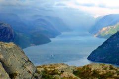 Paisaje del fiordo imagen de archivo libre de regalías