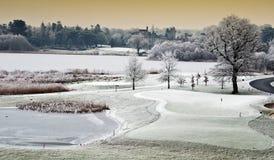 Paisaje del invierno con el castillo en la distancia, irela fotos de archivo libres de regalías