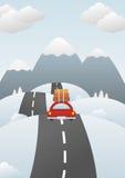 Paisaje del invierno con el coche en el camino Imágenes de archivo libres de regalías