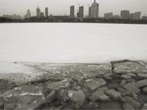 Paisaje del invierno de ciudades septentrionales Fotos de archivo libres de regalías