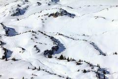 Paisaje del invierno de las montañas de la nieve en la estación de esquí de Ifen Baviera, Alemania Imagen de archivo