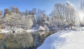 Paisaje del invierno del río Istra Imágenes de archivo libres de regalías