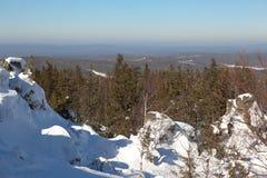 Paisaje del invierno desde arriba del soporte Belaya Nizhny Tagil Rusia Foto de archivo libre de regalías