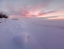 Paisaje del invierno en el lago Chudskoy Fotografía de archivo libre de regalías