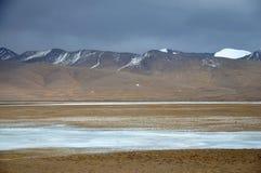 Paisaje del invierno en la meseta de Qinghai-Tíbet Fotografía de archivo libre de regalías