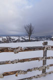 Paisaje del invierno en las montañas Foto de archivo libre de regalías