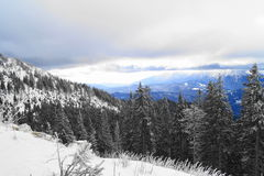 Paisaje del invierno en Rumania imágenes de archivo libres de regalías