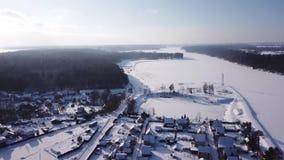 Paisaje del invierno Helada y sol almacen de video