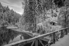 Paisaje del invierno Nevado en Scuol, Suiza fotos de archivo