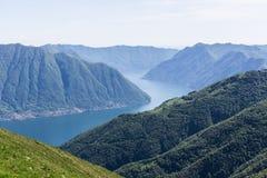 Paisaje del lago Como Imagen de archivo libre de regalías