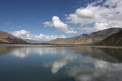 Paisaje del lago mountain Foto de archivo