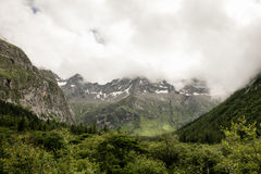 Paisaje del Mt Siguniang en Sichuan, China Imagenes de archivo