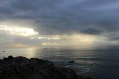 Paisaje del océano en la puesta del sol Imagen de archivo libre de regalías