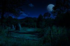 Paisaje del otoño de la noche fotografía de archivo libre de regalías