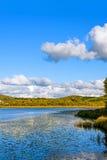 Paisaje del otoño del lago Sun Fotos de archivo