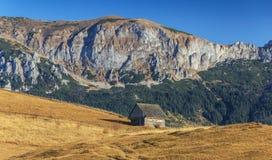 Paisaje del otoño en las montañas Foto de archivo libre de regalías