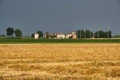 Paisaje del país cerca de Fiorenzuola Piacenza, Italia Imagen de archivo libre de regalías