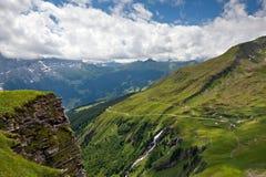 Paisaje del paisaje en las montan@as de Bernese Imagen de archivo libre de regalías