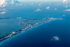Paisaje del panorama de la opinión aérea de Cancun Imágenes de archivo libres de regalías